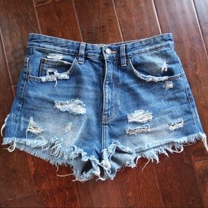 ZARA Jeans SHORTS DISTRESSED Cutt off S